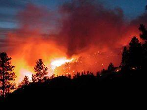 Лесные пожары начинают распространяться по югу Красноярского края