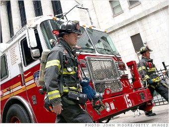Пожарные США одна из профессий, чья заработная плата повышалась много раз за последние три десятилетия