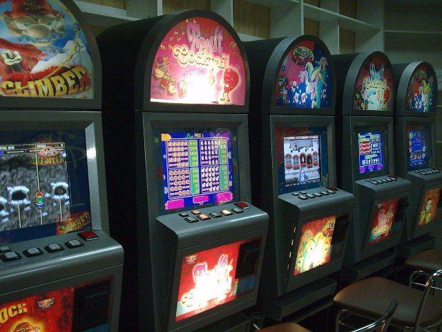 Казино Делюкс официальный сайт – большой выбор игровых автоматов