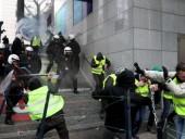В ходе протестов во Франции ранения получили 14 полицейских