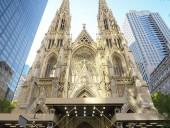 Мужчина с канистрами бензина пытался зайти в собор в Нью-Йорке