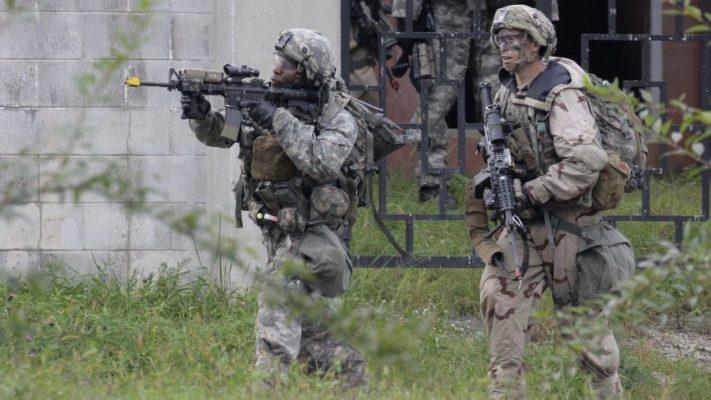 Полковник Вооруженных сил США указал на ошибки Пентагона в развитии армии
