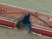 В Хьюстон судоходном канале произошел разлив топлива