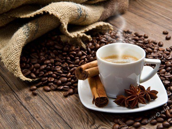 Широкий ассортимент кофе и чая