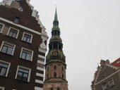 В Латвии хотят избирать руководство православной церкви с только из местных