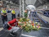 Злоумышленника, столкнувшего 8-летнего ребенка и мать под поезд в ФРГ, разыскивала полиция Швейцарии