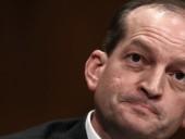 Министр труда США уходит в отставку на фоне скандала с растлением несовершеннолетних