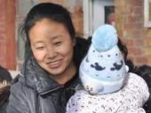 Женщину, которая усыновила более 100 детей, приговорили к 20 годам тюрьмы за мошенничество