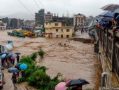 Число погибших в результате наводнения в Непале достигло 60 человек