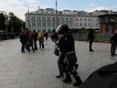 Протесты в Москве: полиция оттесняет митингующих, на данный задержано более 40 человек