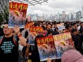 Протесты в Гонконге: полицейские арестовали малолетнего ребенка