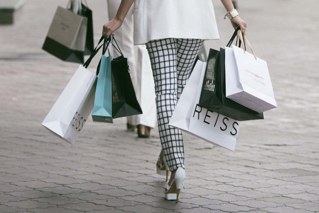 Экономный шоппинг с интернет-магазином Black Limit