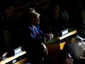 Трамп призывает сенатора уйти в отставку, ведь тот