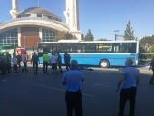 В результате наезда автобуса на остановку в Анкаре погибли по меньшей мере три человека