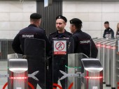 СМИ: при попытке задержания полицейского в Москве за взятку, тот открыл огонь - и убил двух патрульных