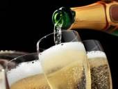 Великобритания запаслась шампанским на случай