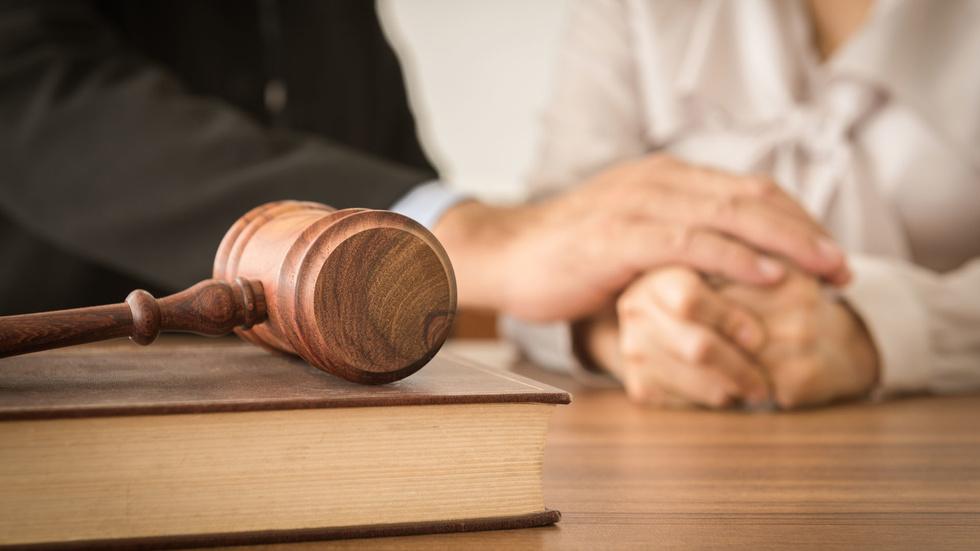 Юридическая помощь в получении разрешения на трудоустройство иностранца