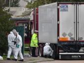 В Британии нашли 39 тел в грузовике, водитель арестован