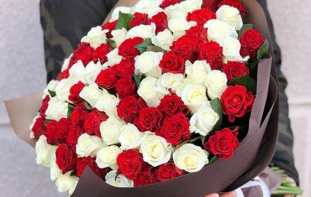 Оперативная доставка свежих цветов в Запорожье