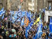 Тысячи шотландцев вышли на митинг за независимость от Великобритании