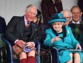 Королева Елизавета II может отречься от престола в пользу одного из принцев
