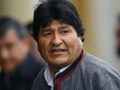 Эво Моралес вылетает из Боливии в Мексику, где он попросил убежища