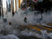 Вследствие новых протестов в Гонконге пострадали 17 человек