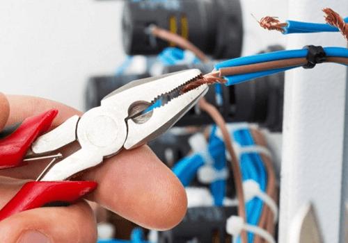 Качественные услуги электрика – мастера рядом с домом