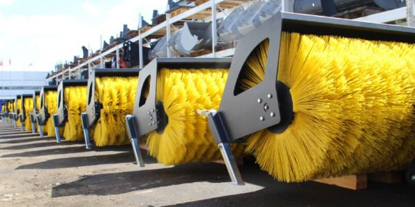 Коммунальные дорожные щетки для уборки городских улиц