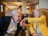 Старейшая в мире супружеская пара отметила 80-летие своей свадьбы