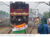 В Индии на фоне протестов против закона о гражданстве подожгли 5 пустых поездов
