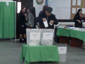 Партия президента Азербайджана получает большинство в парламенте - экзит-полы