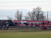 Катастрофа поезда в Италии: опубликованы видео с места ЧП, в которой погибли по меньшей мере 2 человека