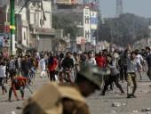 Протесты в Нью-Дели: семеро погибших и более 150 раненых