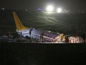 Число пострадавших при крушении самолета в Стамбуле возросло до 120
