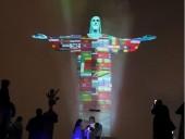 Статуя Христа-Искупителя в Рио засветилась флагами всех стран, где есть коронавирус