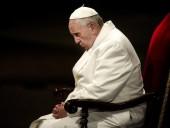 Папа Франциск на фоне эпидемии коронавируса призвал священников продолжать посещать больных