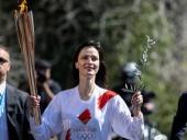 Олимпийский огонь передали организатором Игр-2020 в Токио