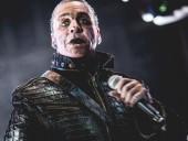 Лидера группы Rammstein госпитализировали с коронавирусом