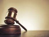 В Нидерландах осудили мужчину, который притворился больным СОVID-19 и кашлял на полицейских