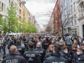 В Берлине более тысячи человек вышли на первомайскую манифестацию