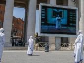 Папа Римский впервые с марта прочитал молитву для верующих на площади Святого Петра