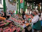 Великобритания в июне начнет открывать рынки и магазины