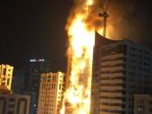 В ОАЭ пожар охватил 48-этажный небоскреб