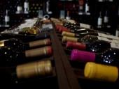 Противодействие коронакризису: во Франции выделят миллионы евро на рекламу вина