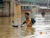 В результате сильных ливней в Китае погибли 12 человек