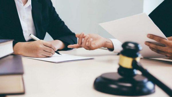 Нужна правовая помощь в Москве? Обращайтесь в  юридическую компанию «Правовед Плюс»