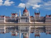 Венгрия ужесточает карантин и закрывает границу для украинцев