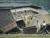 Число жертв наводнений и оползней в Японии достигло почти 60 человек