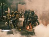 Протесты в США: власть планирует направить дополнительные федеральные силы в Портленд, столкновения не стихают